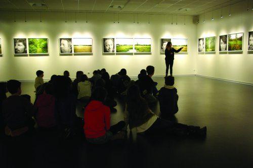 """Rencontre scolaire avec la photographe Lise Gaudaire - exposition """"Paysans / Paysages"""" - décembre 2014"""